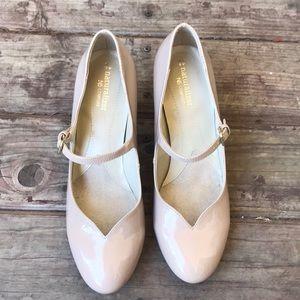 Naturalizer Comfort Mary Jane Heels